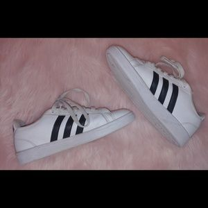 Adidas cloud foam white black stripe shoes